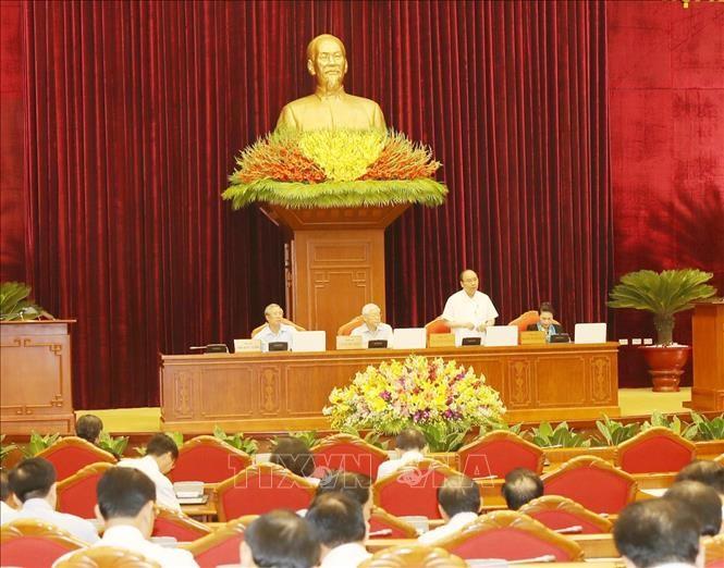 Thủ tướng Chính phủ Nguyễn Xuân Phúc điều hành phiên thảo luận