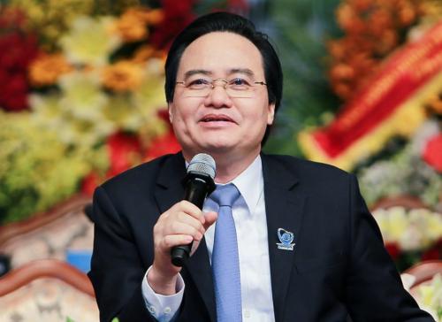 """Bộ trưởng Phùng Xuân Nhạ muốn sinh viên thay đổi, """"nhúng mình vào doanh nghiệp"""""""