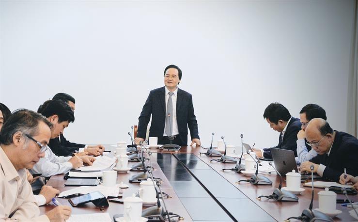 Bộ trưởng Phùng Xuân Nhạ chủ trì cuộc họp Ban chỉ đạo về Chính phủ điện tử Bộ GD&ĐT lần thứ nhất