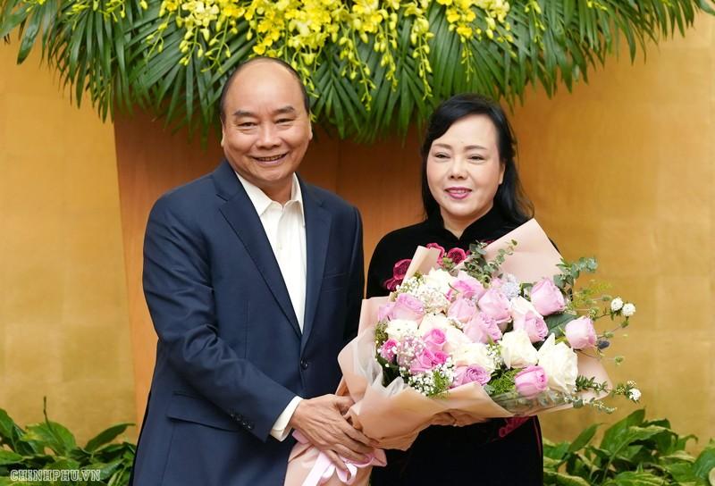Phát biểu chia tay, Thủ tướng biểu dương nguyên Bộ trưởng Bộ Y tế Nguyễn Thị Kim Tiến