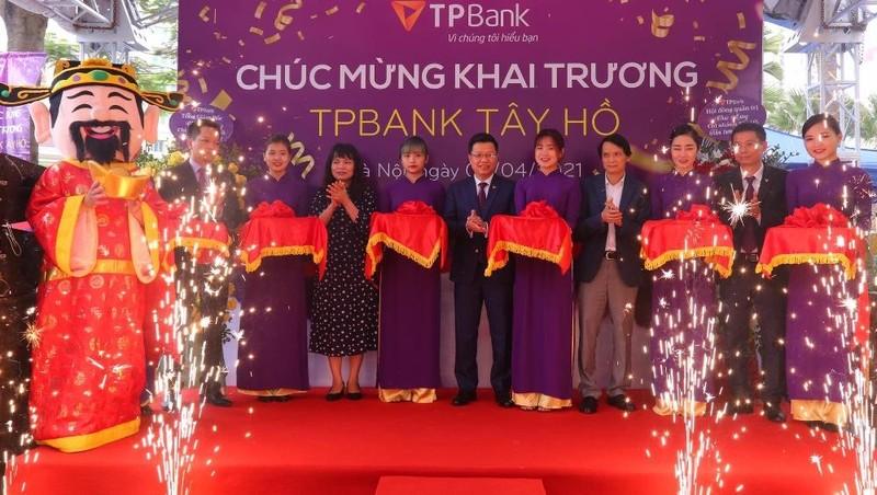 TPBank Tây Hồ chính thức khai trương tại địa điểm mới