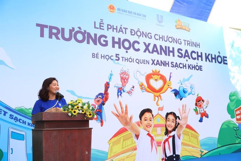 Bà Nguyễn Thị Mai - Phó Chủ tịch Unilever Việt Nam phát biểu tại buổi Lễ.