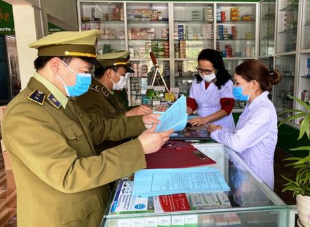 Nam Định xử lý 13 cơ sở tăng giá thuốc, phạt hành chính 44,7 triệu đồng