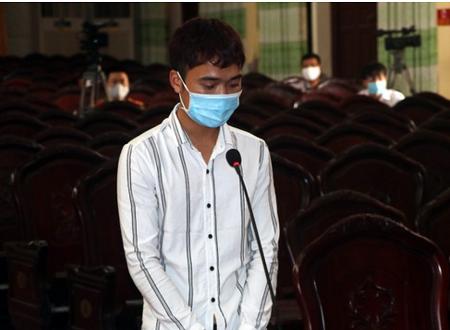 Đâm xe vào tổ phòng dịch COVID-19, bị cáo 22 tuổi lĩnh 9 tháng tù giam