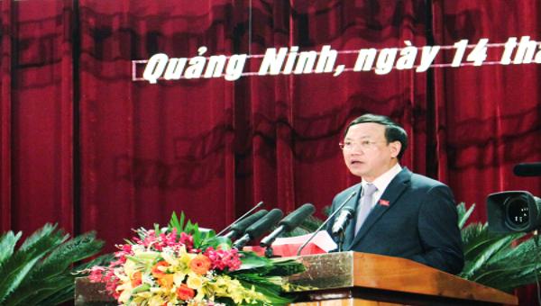Bí thư, Chủ tịch HĐND tỉnh Quảng Ninh Nguyễn Xuân Ký, phát biểu khai mạc kỳ họp.