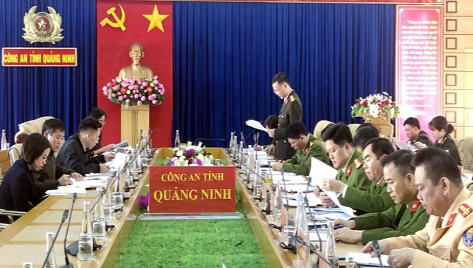 Quang cảnh buổi khảo sát của Ban Pháp chế tại Công an tỉnh Quảng Ninh.