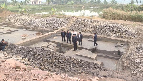 """Quảng Ninh phát hiện bãi cọc gỗ, nghi là """"đại bản doanh chỉ huy trận Bạch Đằng đánh bại quân Nguyên Mông"""""""