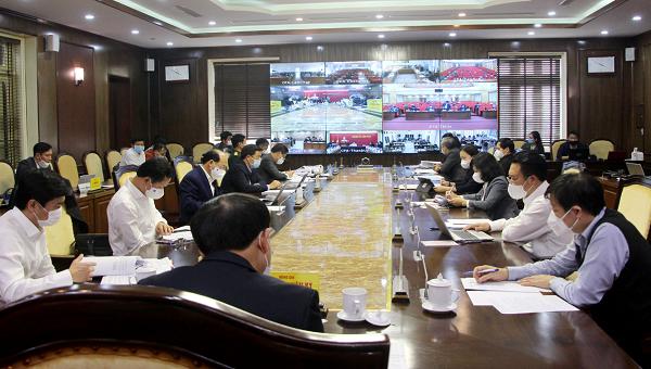 Bí thư Quảng Ninh họp tới cấp xã, mong cả tỉnh đồng tâm kiểm soát dịch