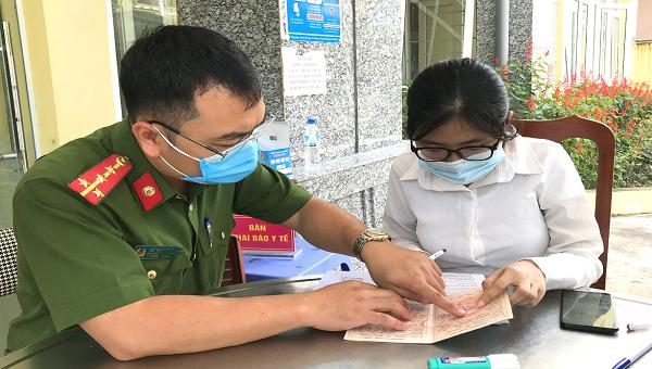 Công an Quảng Ninh phấn đấu cấp gần 1 triệu CCCD trước ngày 10/5/2021
