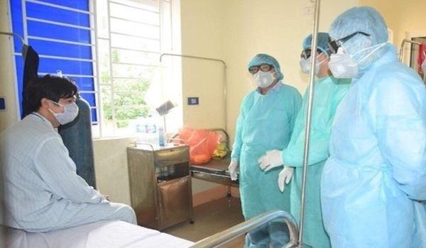 Những trường hợp nghi nhiễm Covid -19 trên địa bàn được Bệnh viện đa khoa Tây Bắc cách ly và lấy mẫu xét nghiệm.