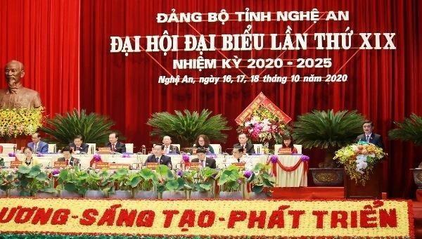 Đại hội đại biểu Đảng bộ tỉnh Nghệ An khóa XIX, nhiệm kỳ 2020 - 2025 đã bế mạc.