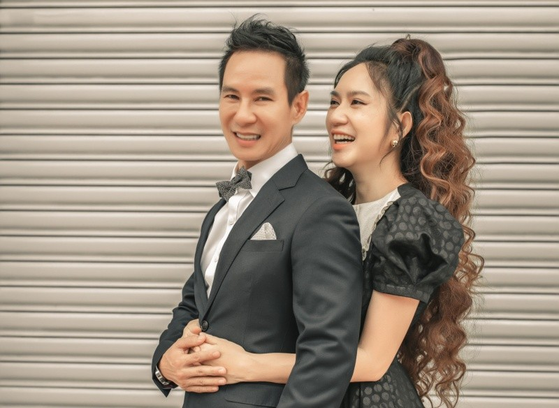 Trong một thập kỷ bên nhau, Lý Hải - Minh Hà luôn khiến mọi người ghen tỵ vì tổ ấm tràn ngập hạnh phúc cùng sự nghiệp thành công.