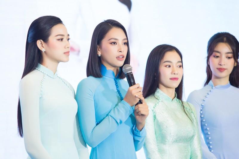 Hoa hậu Việt Nam Đỗ Mỹ Linh, Tiểu Vy đón nhận cương vị mới