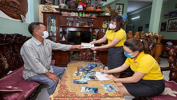 Yên Bái: Chi trả lương hưu, trợ cấp BHXH tại nhà trong dịch Covid-19