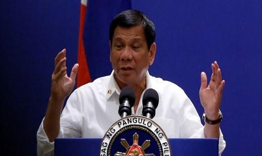 Ông Duterte bày tỏ suy nghĩ về ông Trump