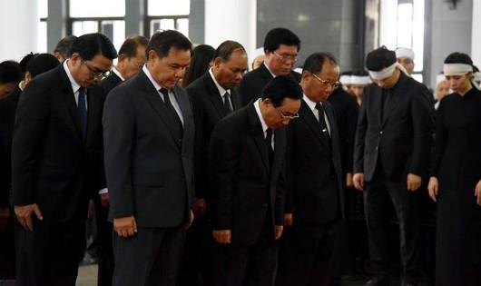 Lãnh đạo nước bạn Lào viếng Chủ tịch nước Trần Đại Quang.