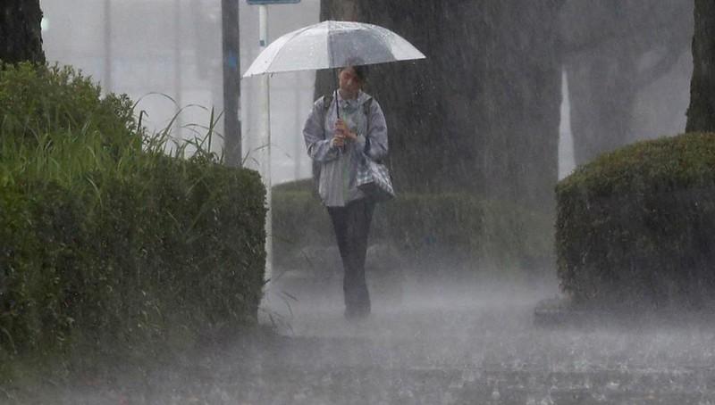 Mưa lớn kỷ lục ở Nhật Bản, gần 800.000 người phải sơ tán
