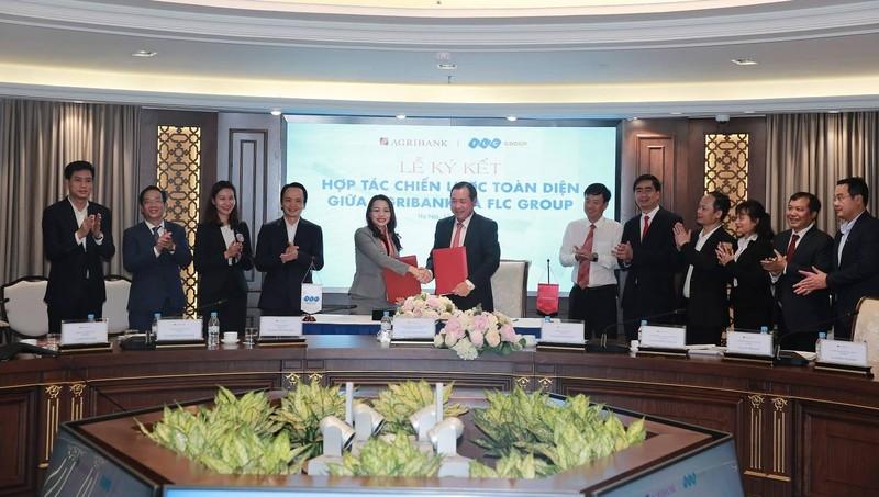 Lễ ký thỏa thuận hợp tác chiến lược toàn diện giữa Tập đoàn FLC và Agribank