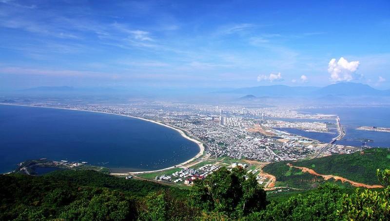 Đà Nẵng có nhiều tiềm năng và điều kiện thuận lợi để phát triển du lịch khi thành phố có lợi thế về sân bay quốc tế và cảng biển