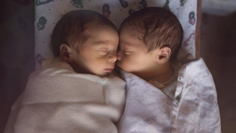 Thú vị bất ngờ: Cặp song sinh Ấn Độ được đặt tên là Corona và Covid