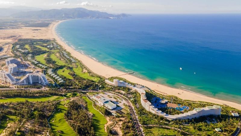 Chuẩn bị khánh thành, khách sạn quy mô bậc nhất Việt Nam công bố combo siêu ưu đãi