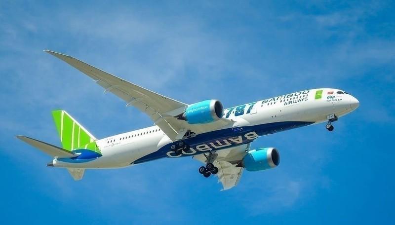 Trong mảng hàng không, tính riêng 10 tháng đầu năm, Bamboo Airways tiếp tục đúng giờ nhất toàn ngành với tỉ lệ OTP đạt 95,7%.
