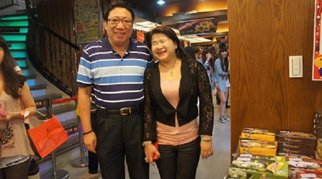Niềm hạnh phúc của vợ chồng triệu phú Đài - Việt.
