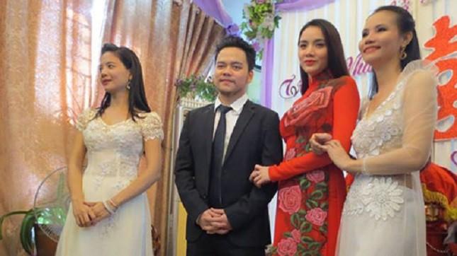 Trang Nhung bất ngờ tổ chức lễ ăn hỏi với bạn trai đại gia