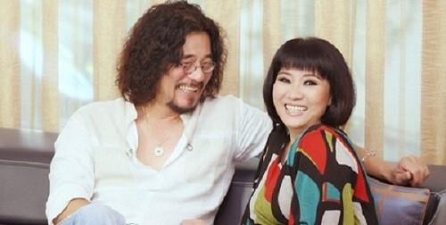 Vợ chồng nghệ sĩ Cẩm Vân - Khắc Triệu.