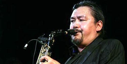 """Quyền Văn Minh 50 năm """"yêu và sống"""" với Jazz"""