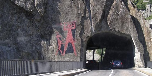 Cây cầu nhờ quỷ xây bằng cách hiến tế... 1 con dê