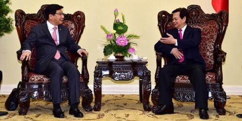 Thủ tướng Nguyễn Tấn Dũng tiếp Thứ trưởng Bộ Chiến lược và Tài chính Hàn Quốc. Ảnh: baodientu.chinhphu.vn