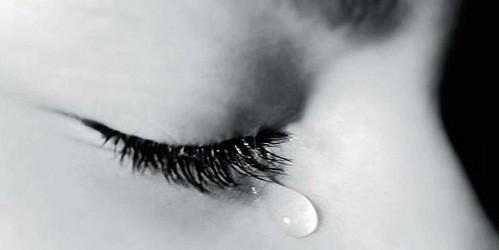 """Không phải nước mắt nào cũng """"mặn"""" như nhau"""