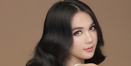 """Chung Thanh Phong trần tình về """"ảnh nude"""" 100% của Ngọc Trinh"""