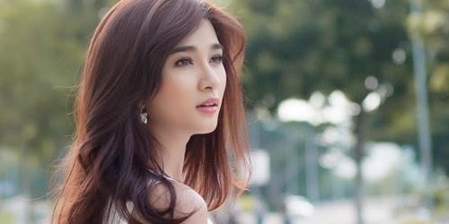 """Kim Tuyến - người đàn bà đẹp không thích làm """"trang sức"""""""