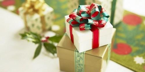 """""""Món quà"""" Giáng sinh bẽ bàng dành cho quý bà 40"""