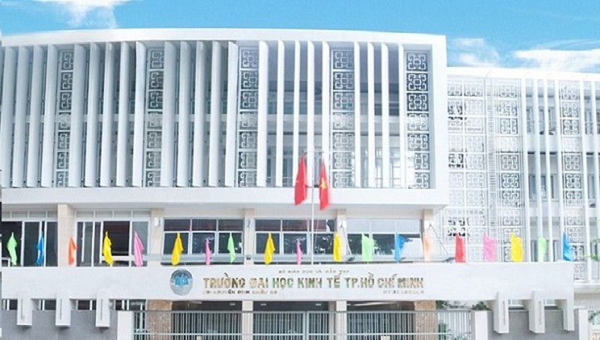 Điểm sàn trường Đại học Kinh tế TP HCM từ 18-20 điểm