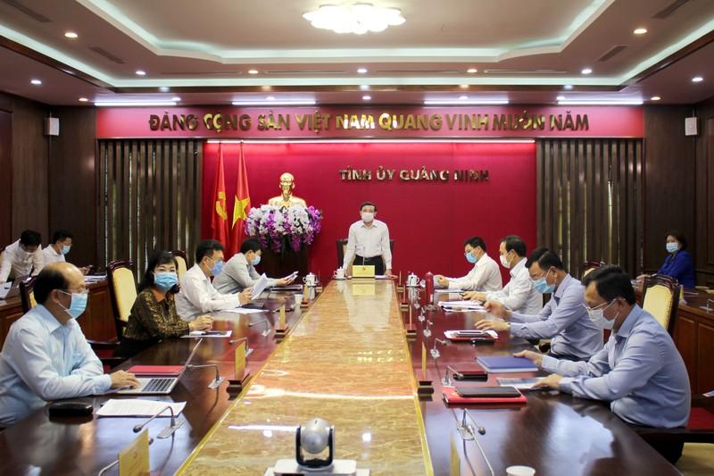 Quảng Ninh phát huy tối đa dịch vụ công trực tuyến mức độ 3, 4 để chống dịch Covid-19