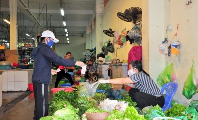 Sự thật thông tin người dân TP Hạ Long đi chợ quá 2 lần/ngày sẽ bị bêu tên