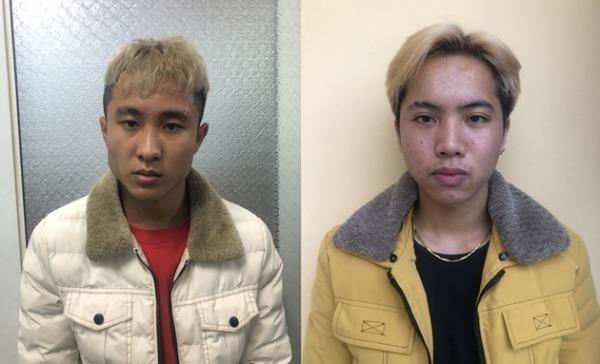 Vũ Hồng Quang (trái) và Đinh Khắc Tùng (phải) tại cơ quan điều tra.
