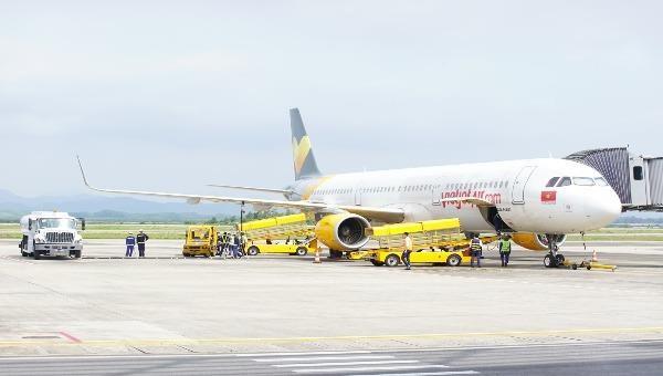 Vân Đồn đón chuyến bay thương mại đầu tiên sau gián đoạn dịch Covid 19.