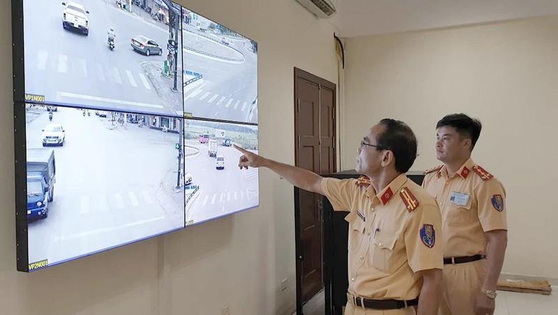 Quảng Ninh đưa 35 camera giám sát vào vận hành trên quốc lộ 18