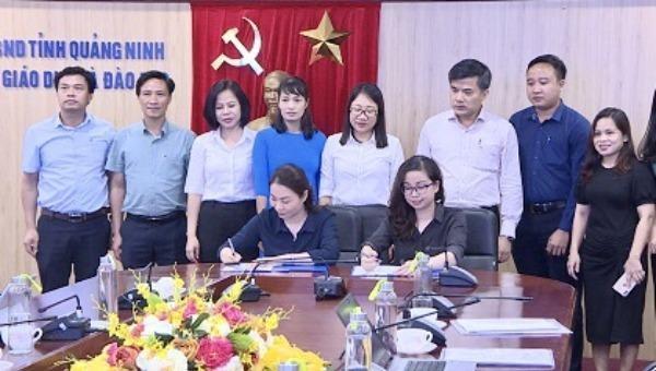 Buổi lễ ký kết giữa Sở Giáo dục và Đào tạo Quảng Ninh và Trung tâm Tuổi trẻ Thành Đạt.