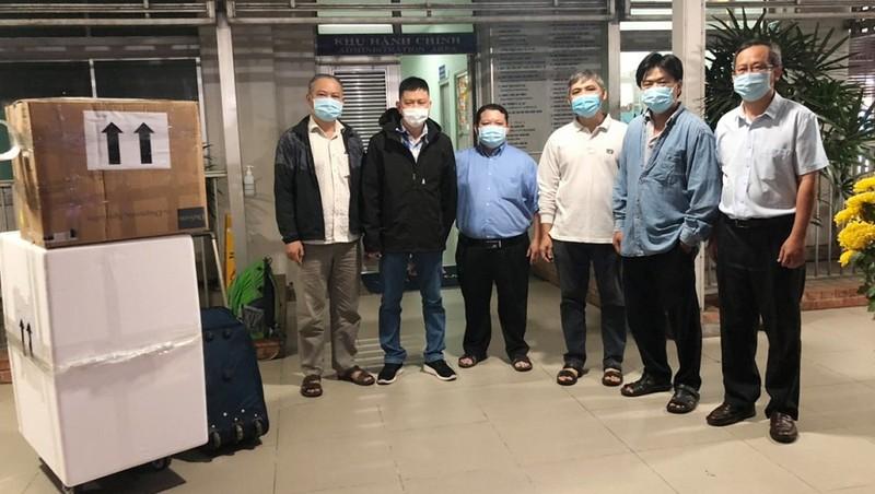 Các bác sĩ của Bệnh viện Chợ Rẫy lên đường hỗ trợ Hải Dương dập dịch Covid-19. Ảnh: BVCC