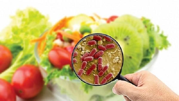 Hơn 530 người ngộ độc, 3 người tử vong do thực phẩm thiếu an toàn