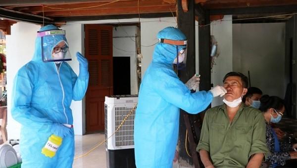 181/219 F1 liên quan đến BN2977 ở Yên Bái đã có kết quả âm tính lần 1 với SARS-CoV-2