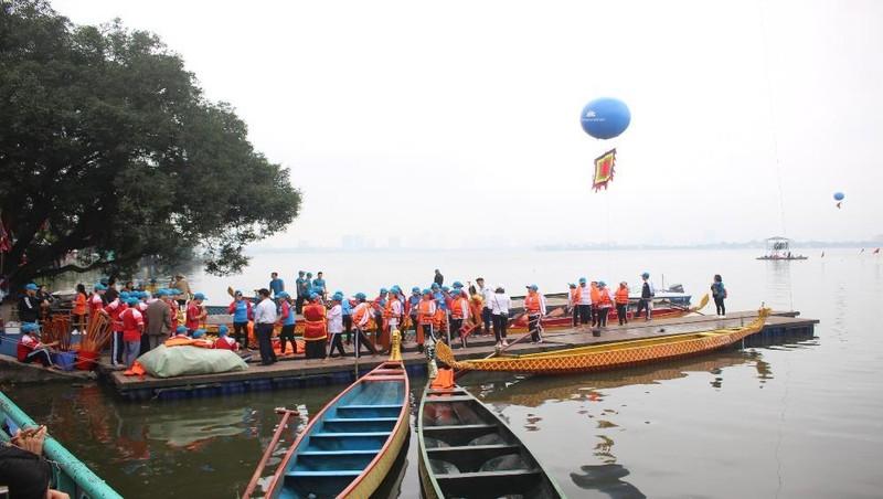 Hồ Tây sôi động trong Lễ hội Bơi chải Thuyền rồng Hà Nội mở rộng năm 2019