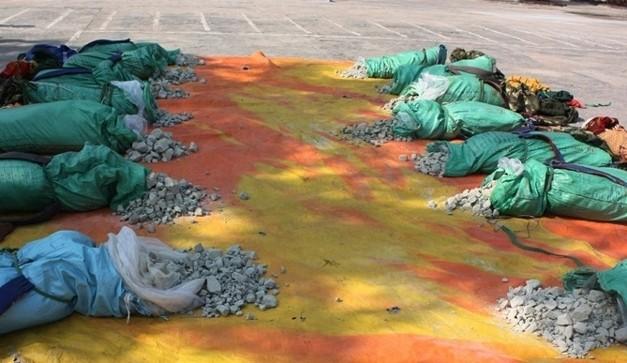 Một vụ vận chuyển thuốc bom từ Lào về Việt Nam bị lực lượng bộ đội biên phòng Quảng Bình triệt phá