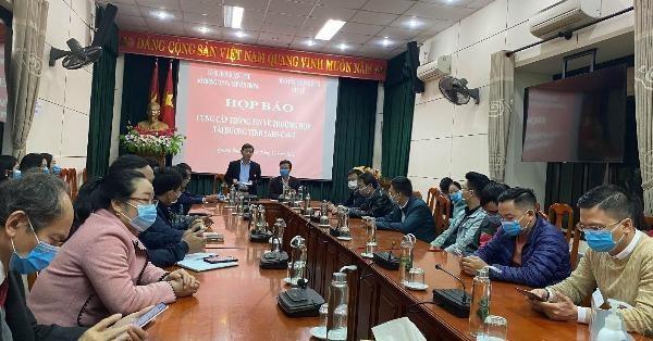 Quảng  Bình tổ chức họp báo cung cấp thông tin ngay sau khi có công bố trường hợp tái dương tính với SARS-CoV-2.