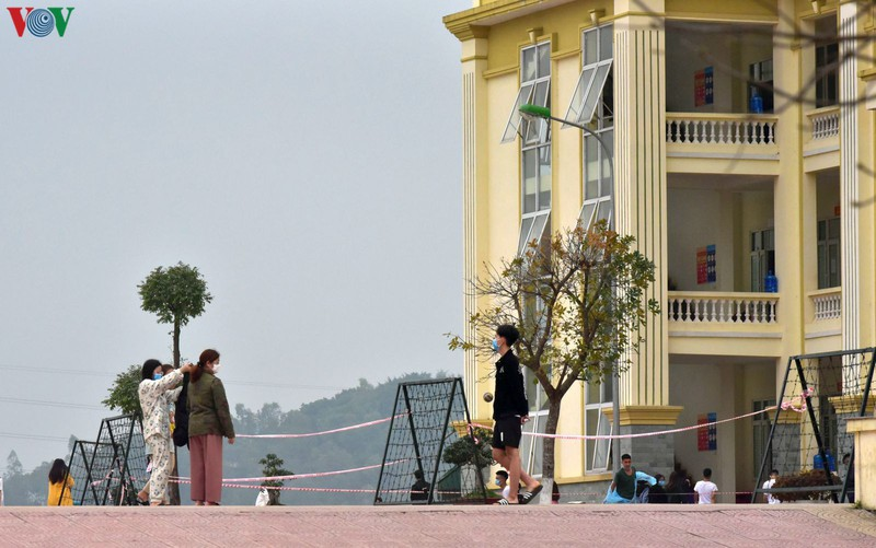 10.000 công dân ở Hà Nội có thể bị cách ly khi nguy cơ lây nhiễm từ cộng đồng cao
